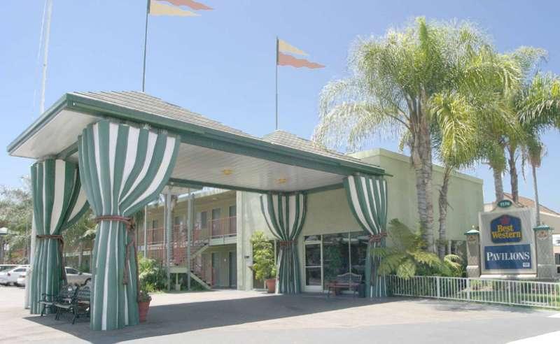 Best Western Plus Pavilions Außenaufnahme
