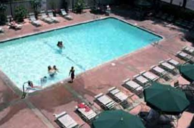 Clarion Anaheim Pool