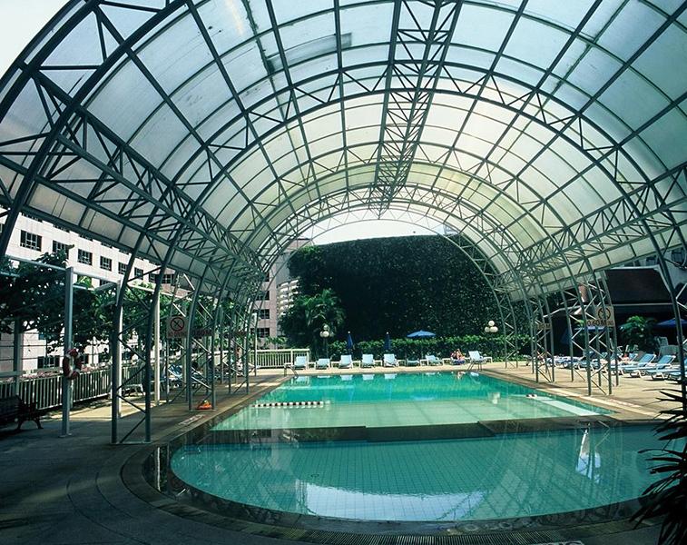 Holiday Inn Silom Bangkok Pool