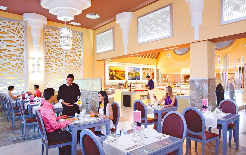 Riu Playa Blanca Restaurant