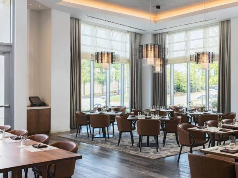 Renaissance Atlanta Airport Gateway Hotel Restaurant
