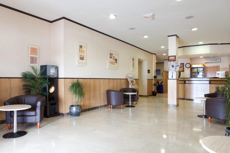 Ciudad de Navalcarnero Lounge/Empfang
