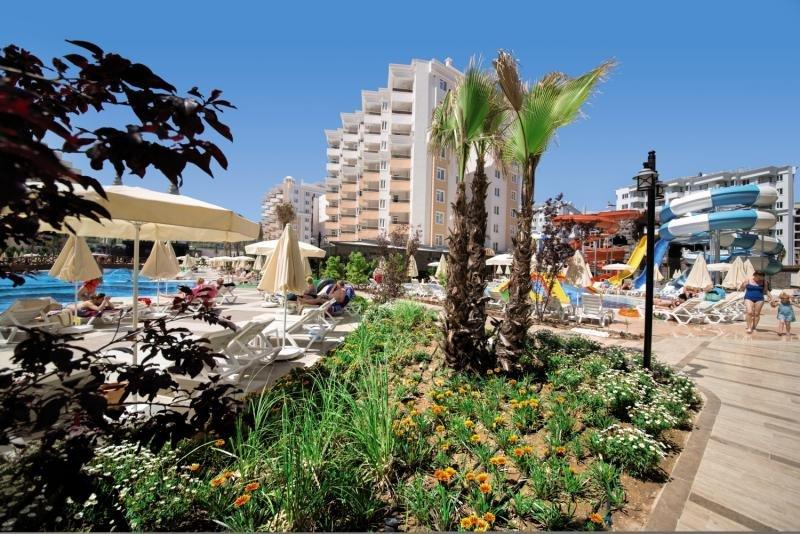 Ramada Resort LaraAuߟenaufnahme