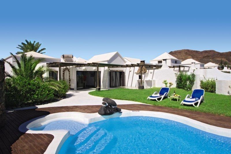 Villas KameziPool