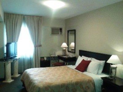 Leon de Oro Inn & Suites Wohnbeispiel