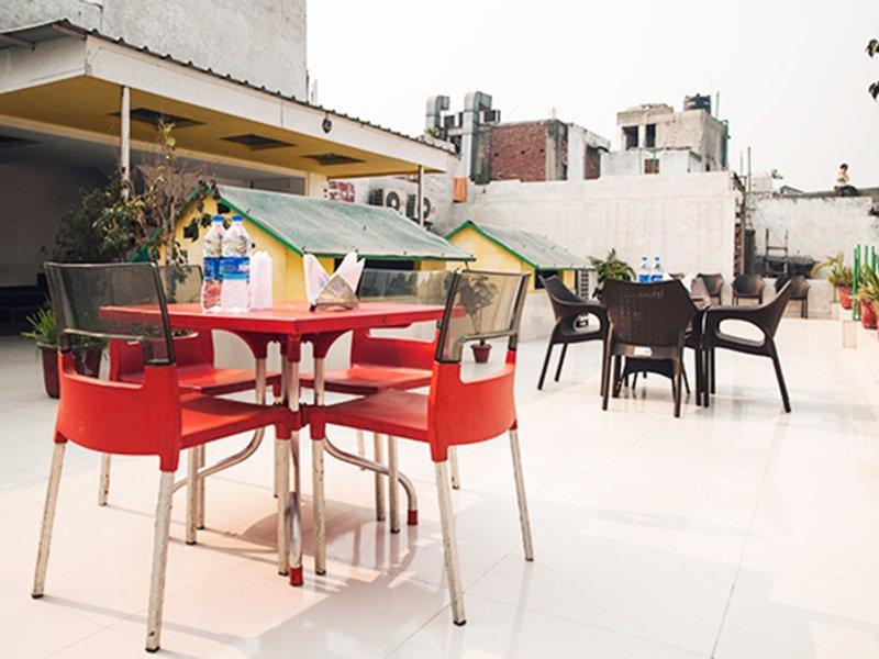 Krishna Deluxe Restaurant