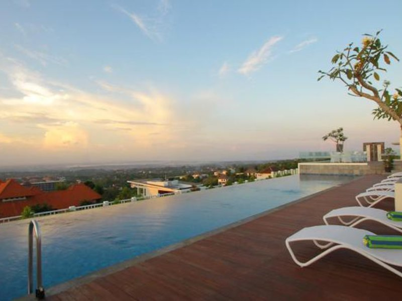 Maxonehotels@Bukit Jimbaran Strand