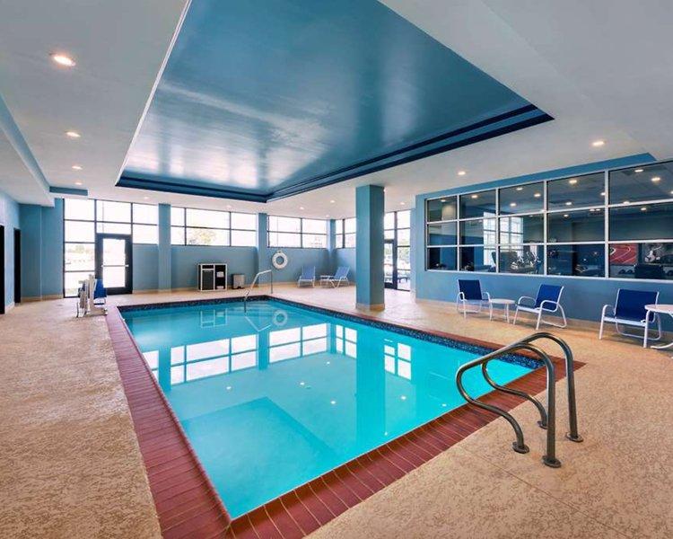 Four Points by Sheraton Houston Energy Corridor Pool