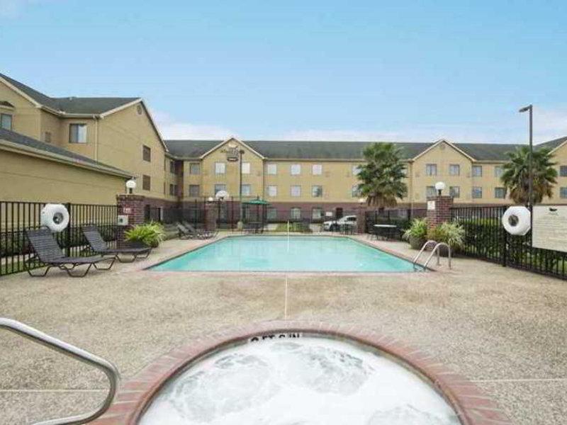 Homewood Suites By Hilton HOU Intercontinental Airport Pool