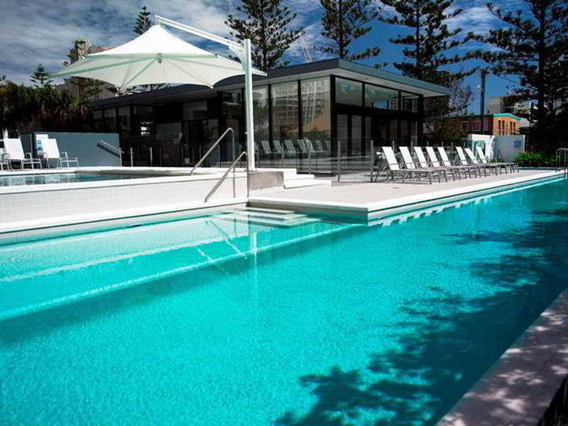 Ultra Broadbeach Pool