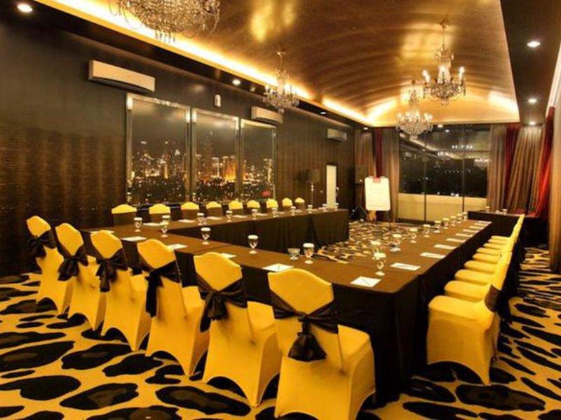 Amaroossa Hotel Bandung Konferenzraum