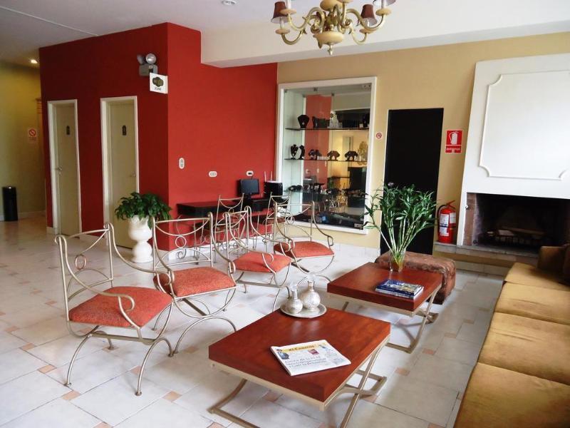 Leon de Oro Inn & Suites Restaurant
