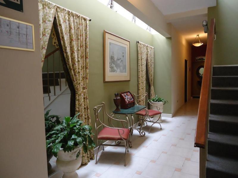 Leon de Oro Inn & Suites Lounge/Empfang