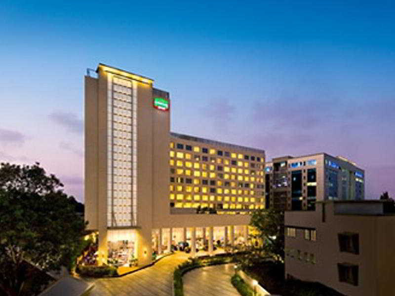 Courtyard by Marriott Mumbai International Airport Außenaufnahme