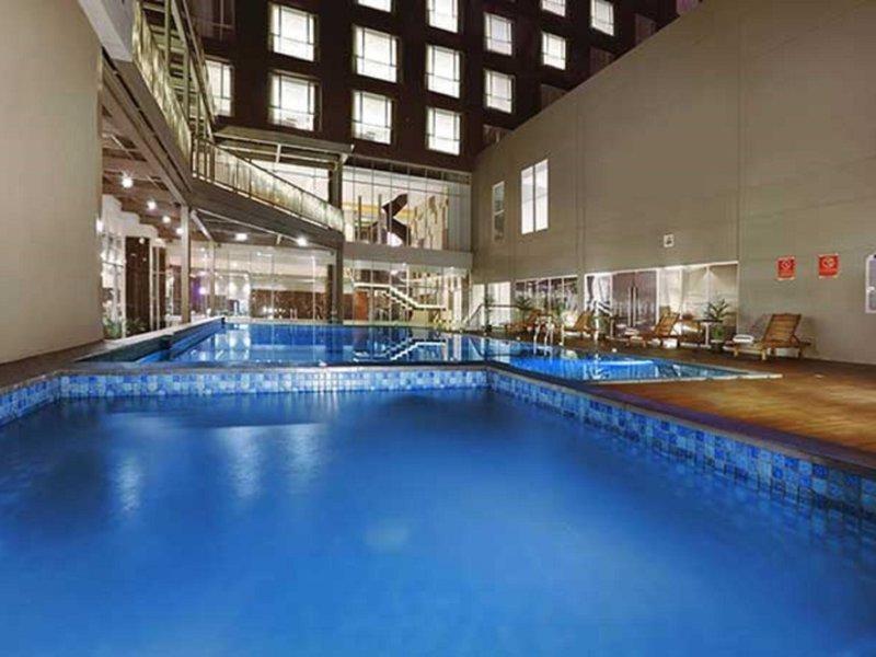 Aston Pasteur Pool