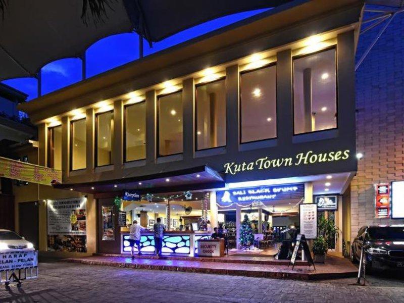 Kuta Town Houses Bar