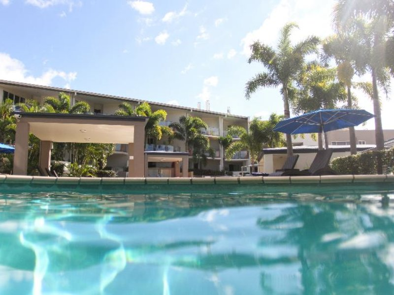 Caloundra Central Apartment Hotel Pool