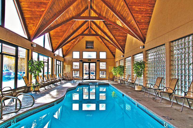 Best Western Town & Country Inn Pool