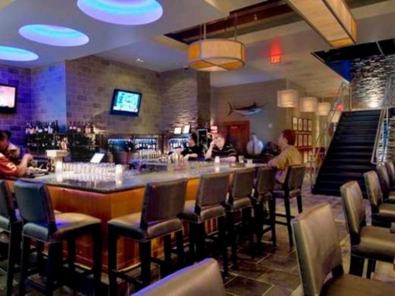 Hilton Garden Inn Atlanta Downtown Bar