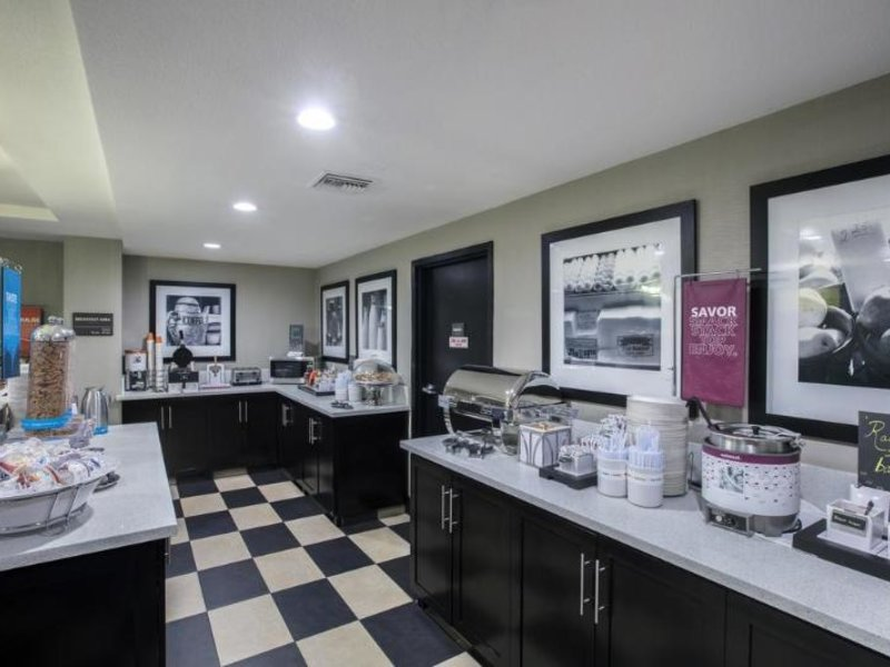 Hampton Inn & Suites, Hermosa Beach Restaurant