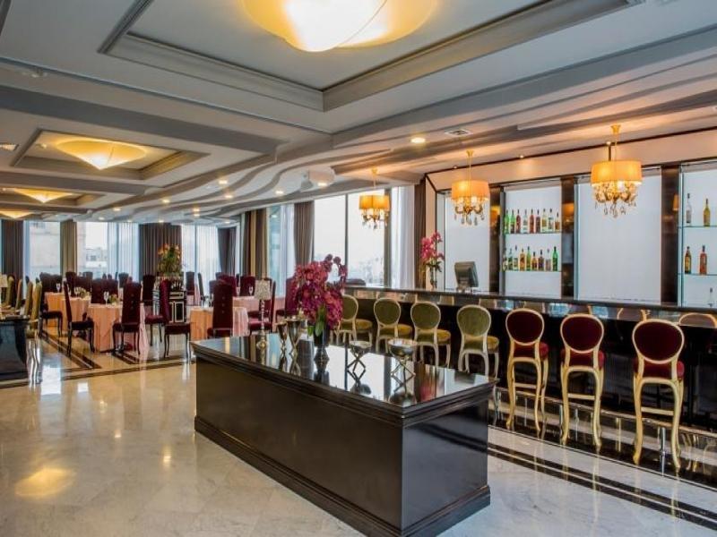 Sapphire City Hotel Bar