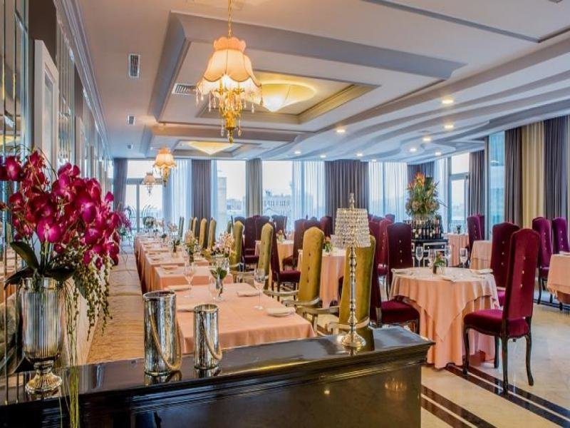 Sapphire City Hotel Restaurant