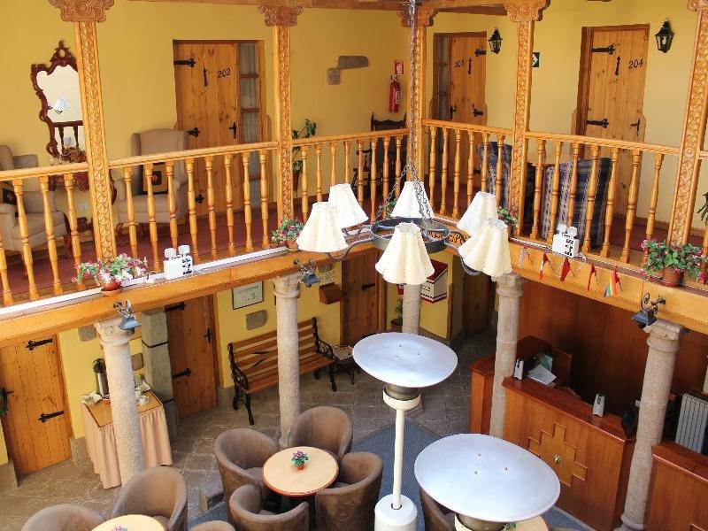 Los Apus Hotel & Mirador Restaurant