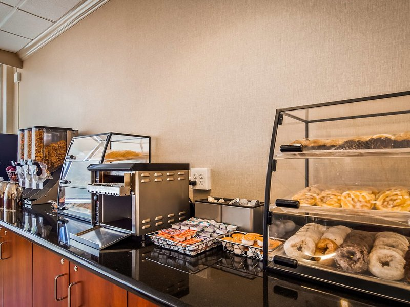 Best Western Pentagon-Reagan National Airport Restaurant