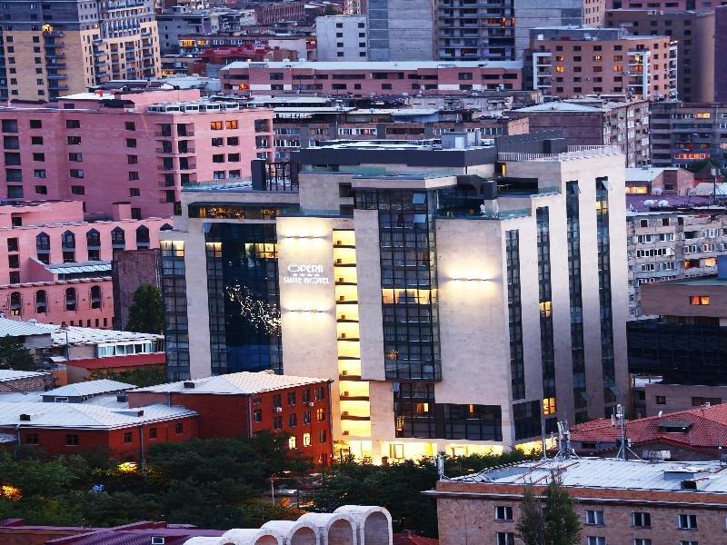Opera Suite Hotel Außenaufnahme