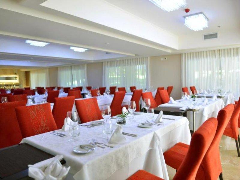 Falls Iguazu Hotel & Spa Restaurant