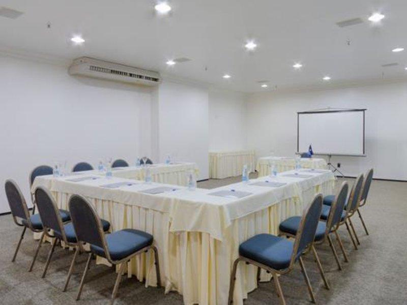 Tulip Inn Fortaleza  Konferenzraum