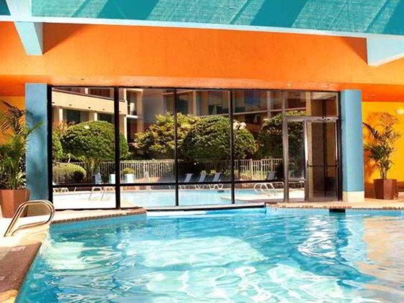 Atlanta Marriott Northwest at Galleria Pool