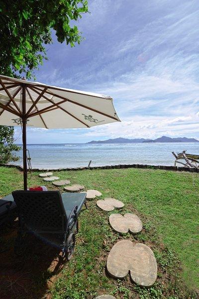 Le Relax Beach HouseGarten