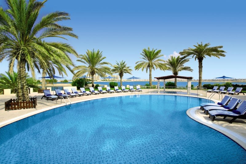 Hilton Al Hamra Beach & Golf ResortPool