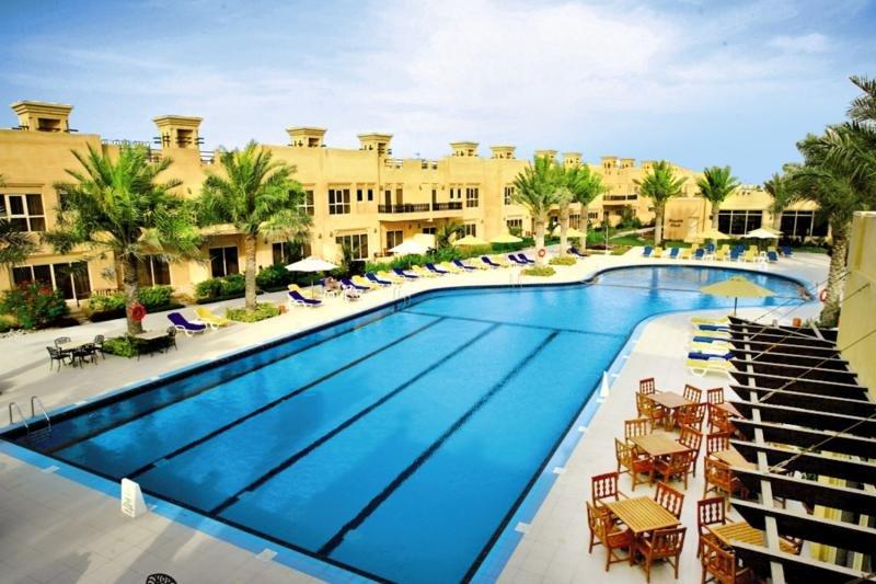 Al Hamra Village Golf & Beach ResortPool