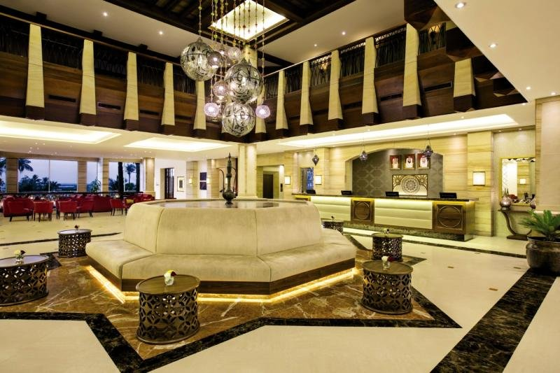 Hilton Al Hamra Beach & Golf ResortLounge/Empfang