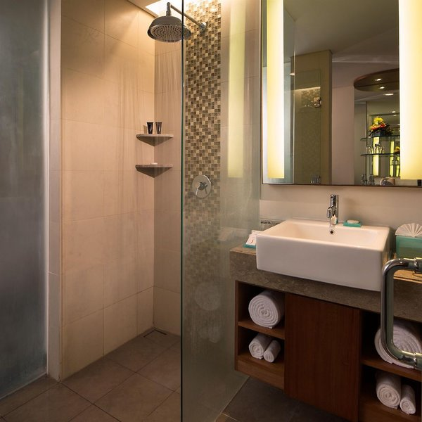 Sun Island Hotel & Spa Legian Badezimmer