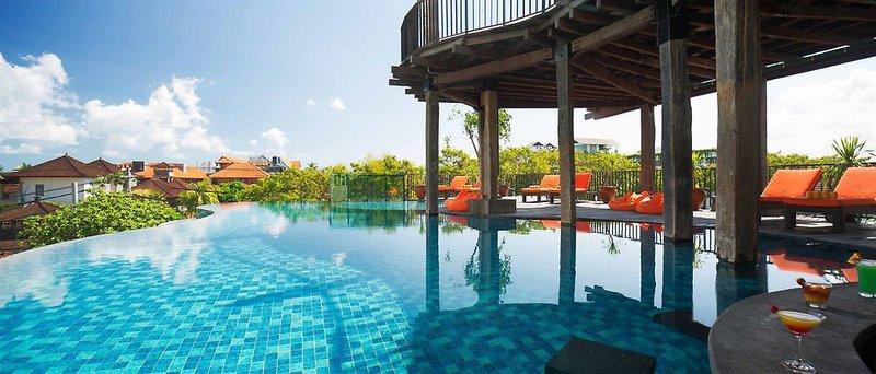 Sun Island Hotel & Spa Legian Pool