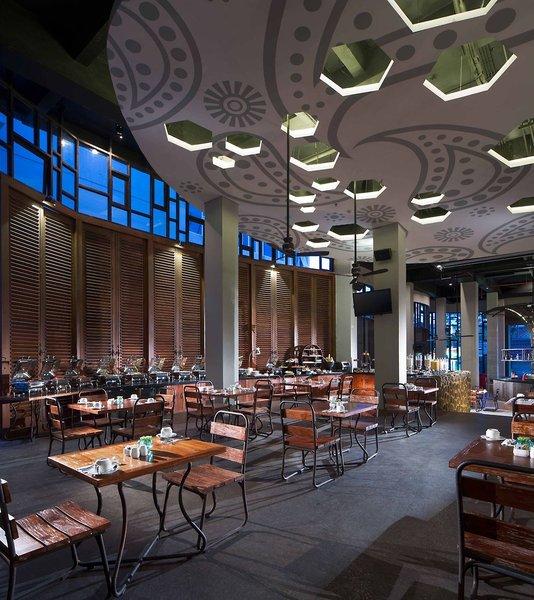 Sun Island Hotel & Spa Legian Restaurant