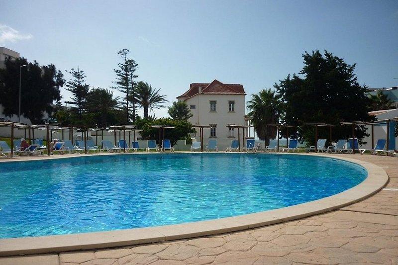 Inatel Albufeira Pool