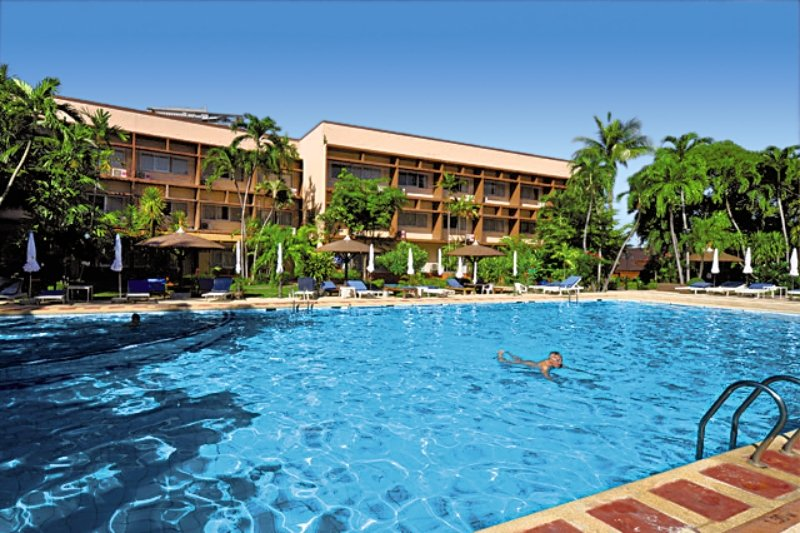 Basaya Beach Hotel & ResortAuߟenaufnahme