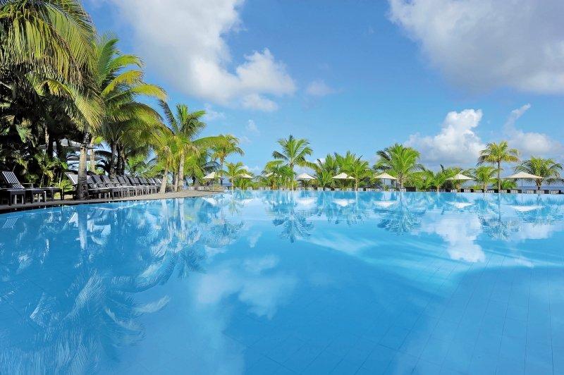 Victoria Beachcomber Resort & SpaPool