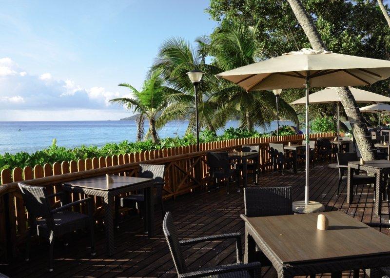Berjaya Beau Vallon Bay Resort & CasinoBar
