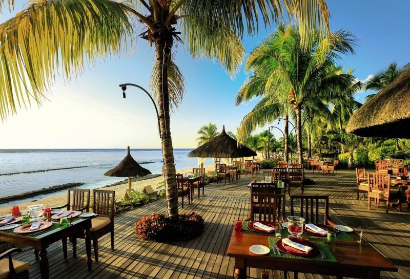 Victoria Beachcomber Resort & SpaRestaurant