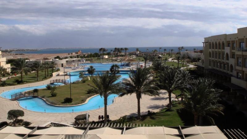 Mövenpick Resort & Spa Soma BayPool