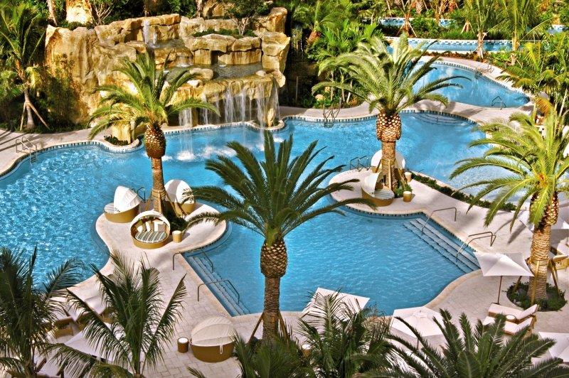 JW Marriott Turnberry Resort  Pool