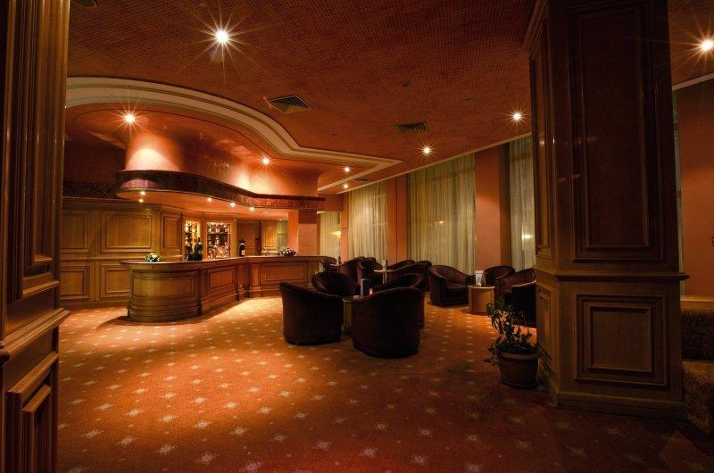 El Mouradi El Menzah Bar
