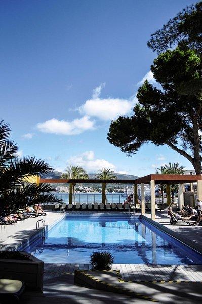 Comodoro Playa Pool