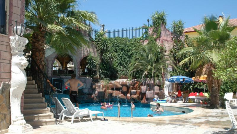 Side Nossa Hotel  Pool