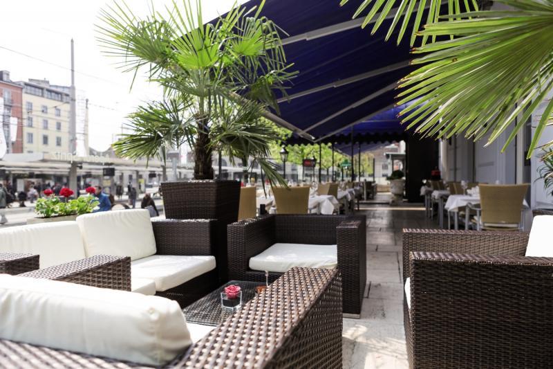 City Inn Basel Bar
